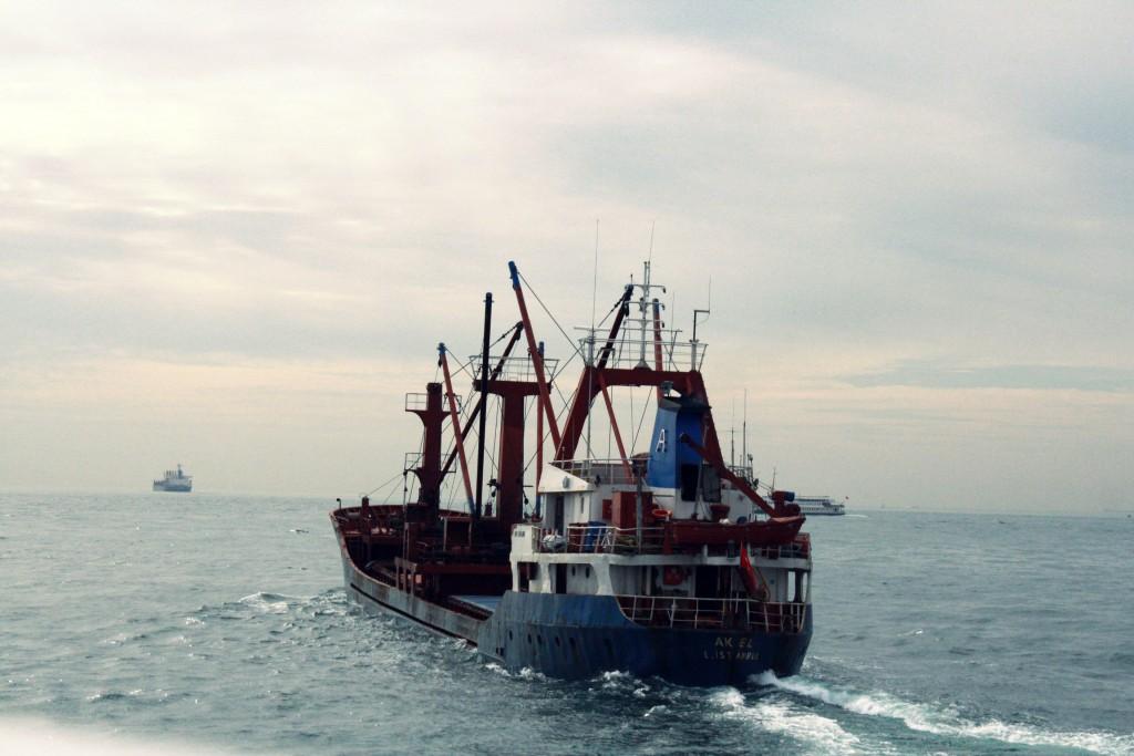 ein ziemlicher Verkehr auf dem Bosporus